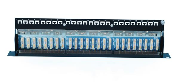 CNS patch panel 24port Cat5E, FTP, blok 110, vyväz. lišta, 1U čierny